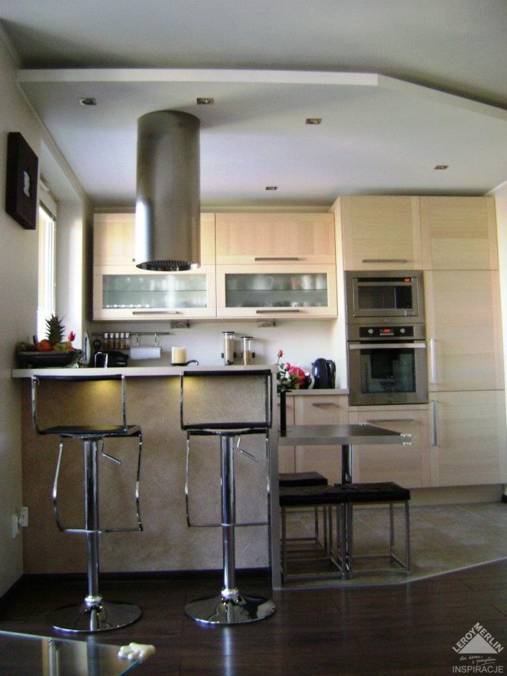 mała kuchnia z barkiem  Inspiracje wnętrza  Pinhouse