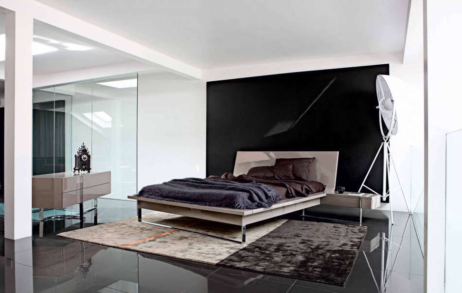 nowoczesna sypialnia z czarna ścianą  Inspiracje wnętrza  Pinhouse