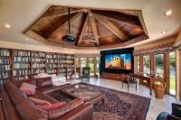 domowe kino i biblioteka