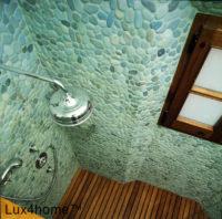 Otoczaki w prysznicu – prysznic z otoczaków na ścianie i brodziku