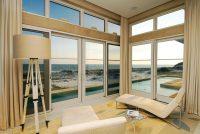 pokój z widokiem, szklana ściana