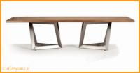 Nowoczesny stół obiadowy loftowy z nogami stalowymi lub drewnianymi.