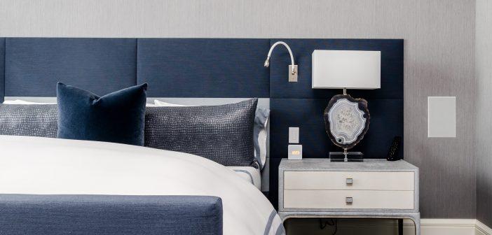 Jakie obicie do łóżka jest lepsze: skórzane czy materiałowe?